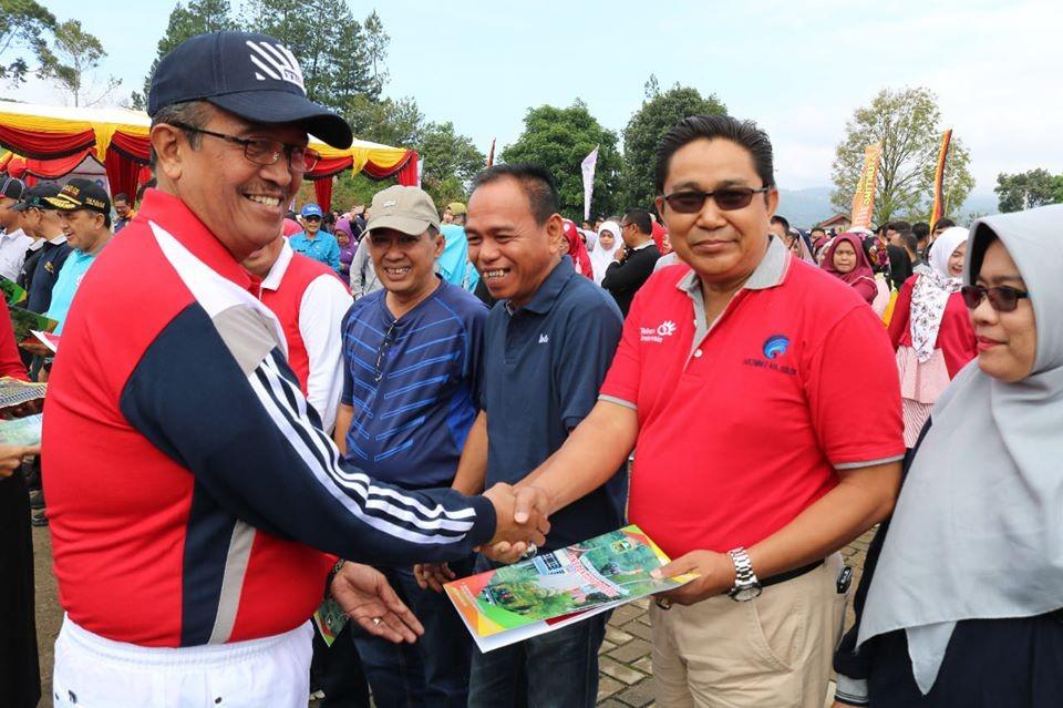 Kominfo Kabupaten Solok Terima Penghargaan atas Nilai A dalam Evaluasi LAKIP SKPD
