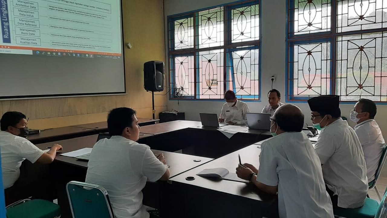 Kepala Dinas Kominfo Pimpin Rapat Terkait SPBE